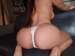 Melissa's – White w/Purple Thong