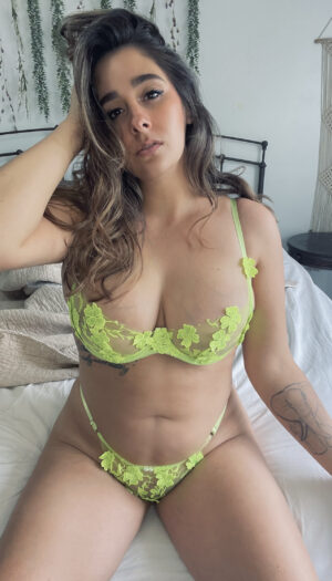 Dahlia's [Set] Lime Green Panties & Bra